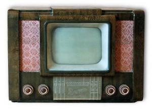 Старый телевизор, один из тех на которых люди могли видеть первые в мире футбольные трансляции